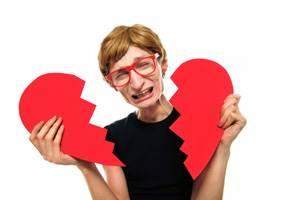 モテない男必見の彼女の作り方はネット恋愛!